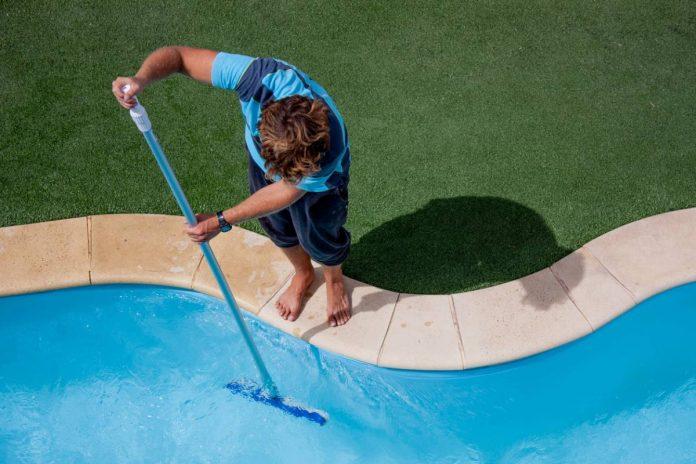 picture entretien piscine